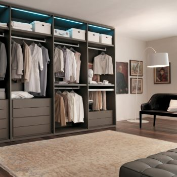 Made-to-measure fitted walk-in wardrobe in London