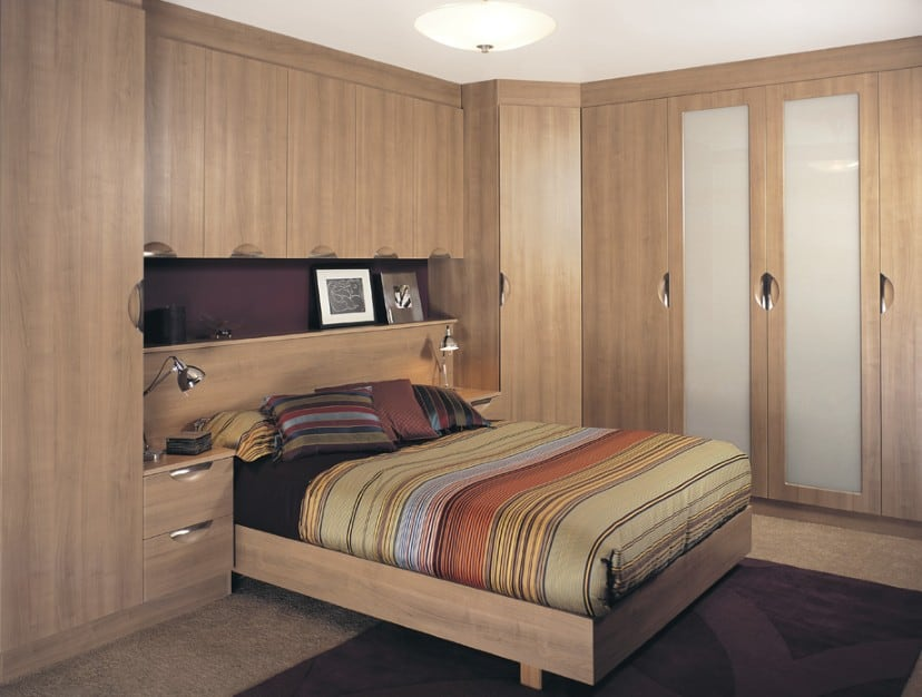 Bespoke fitted wardrobes made to measure corner walk in closets iwardrobes Build your own bedroom wardrobes