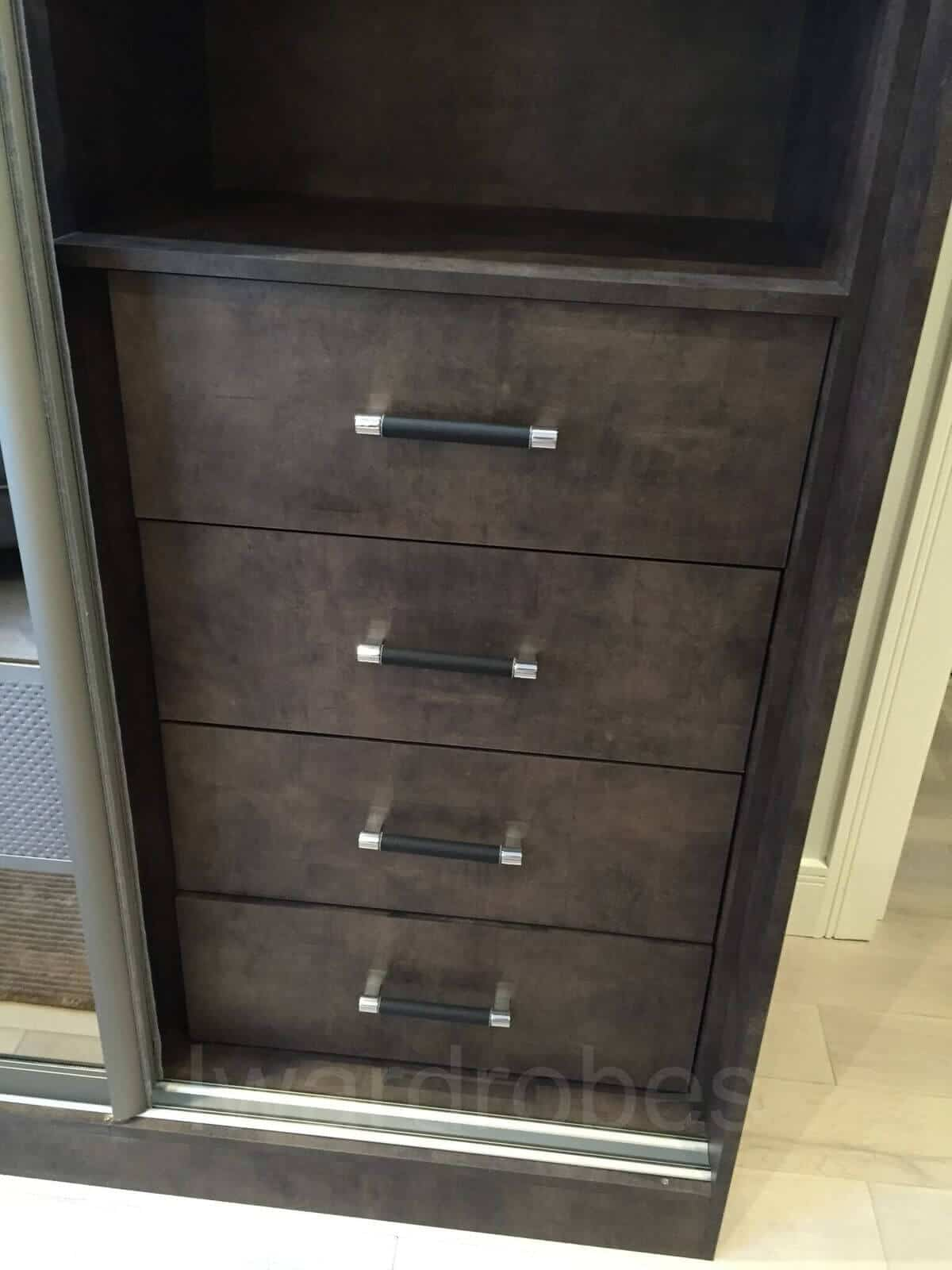 Made to measure sliderobe with fitted drawers in London