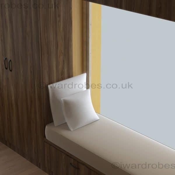 Bespoke_fitted_modern_hinged_door_wardrobe