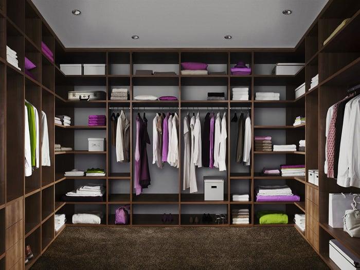 luxurious bespoke wooden fitted walk in Closet London