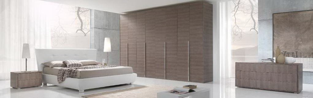 Contemporary high-quality bespoke bedroom hinged door wardrobes