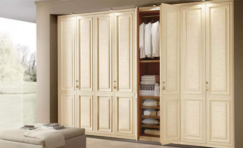 Shaker Style classical built-in painted wardrobe 1
