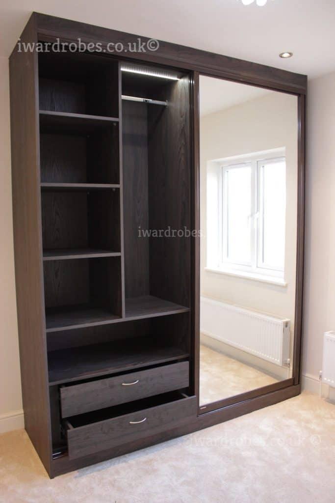 Made to measure mirror wardrobe