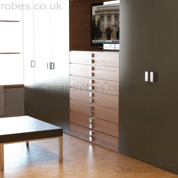Modenr_matt_hinged_door_wardrobe