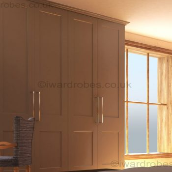 Fitted_shaker_style_wardrobe