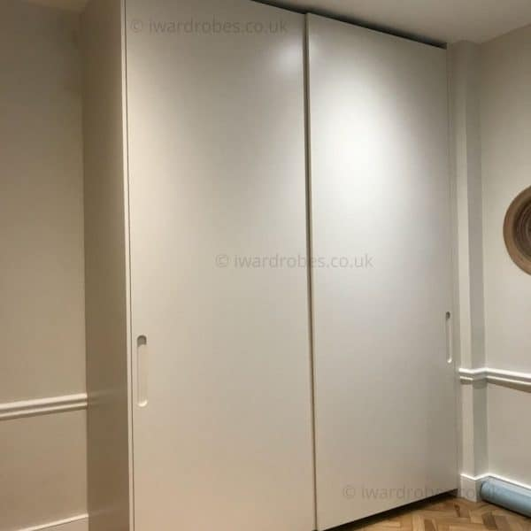 bespoke spray painted wardrobe fitted traditional. Black Bedroom Furniture Sets. Home Design Ideas