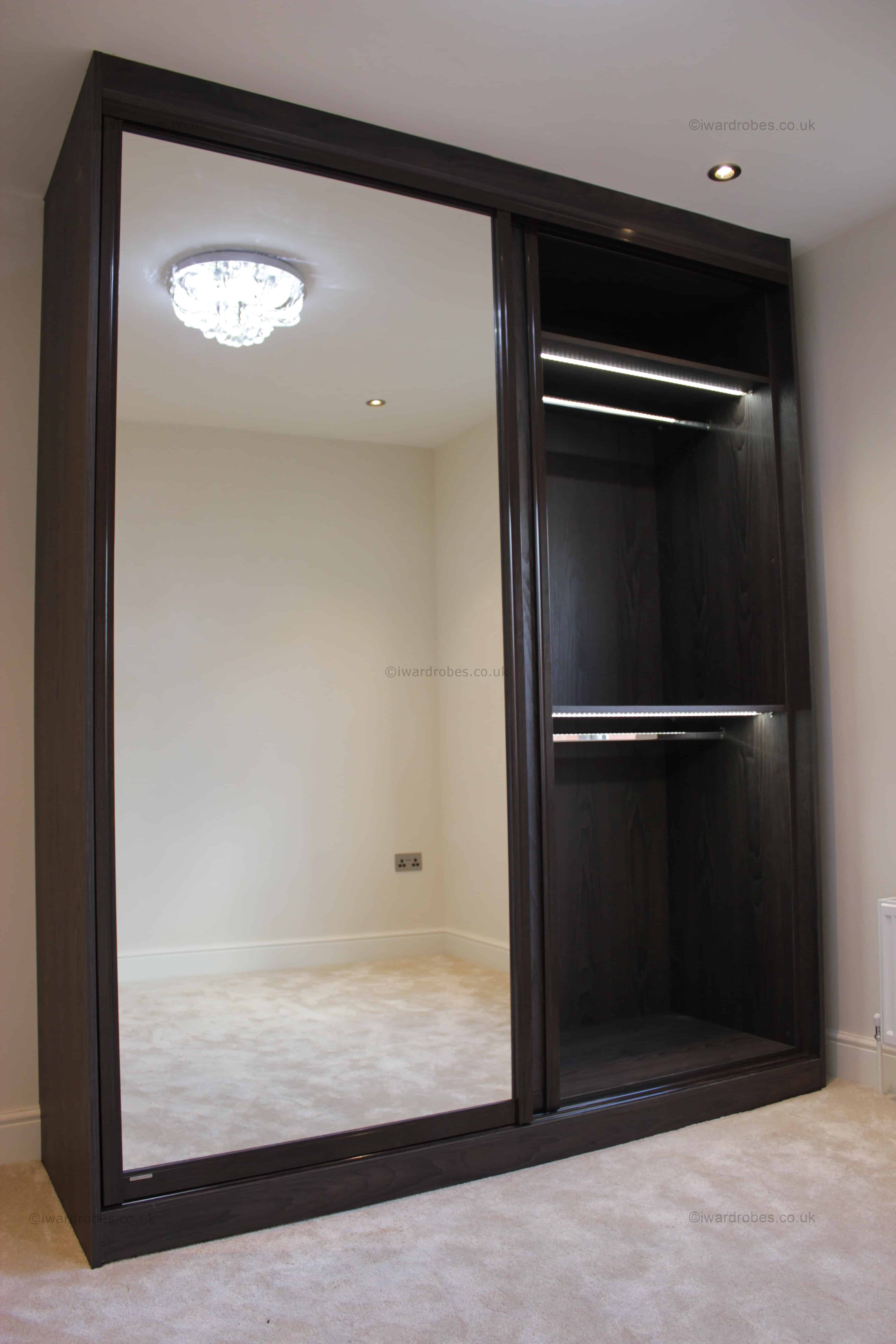 Fitted sliding mirror door wardrobe Putney | i-Wardrobes ...