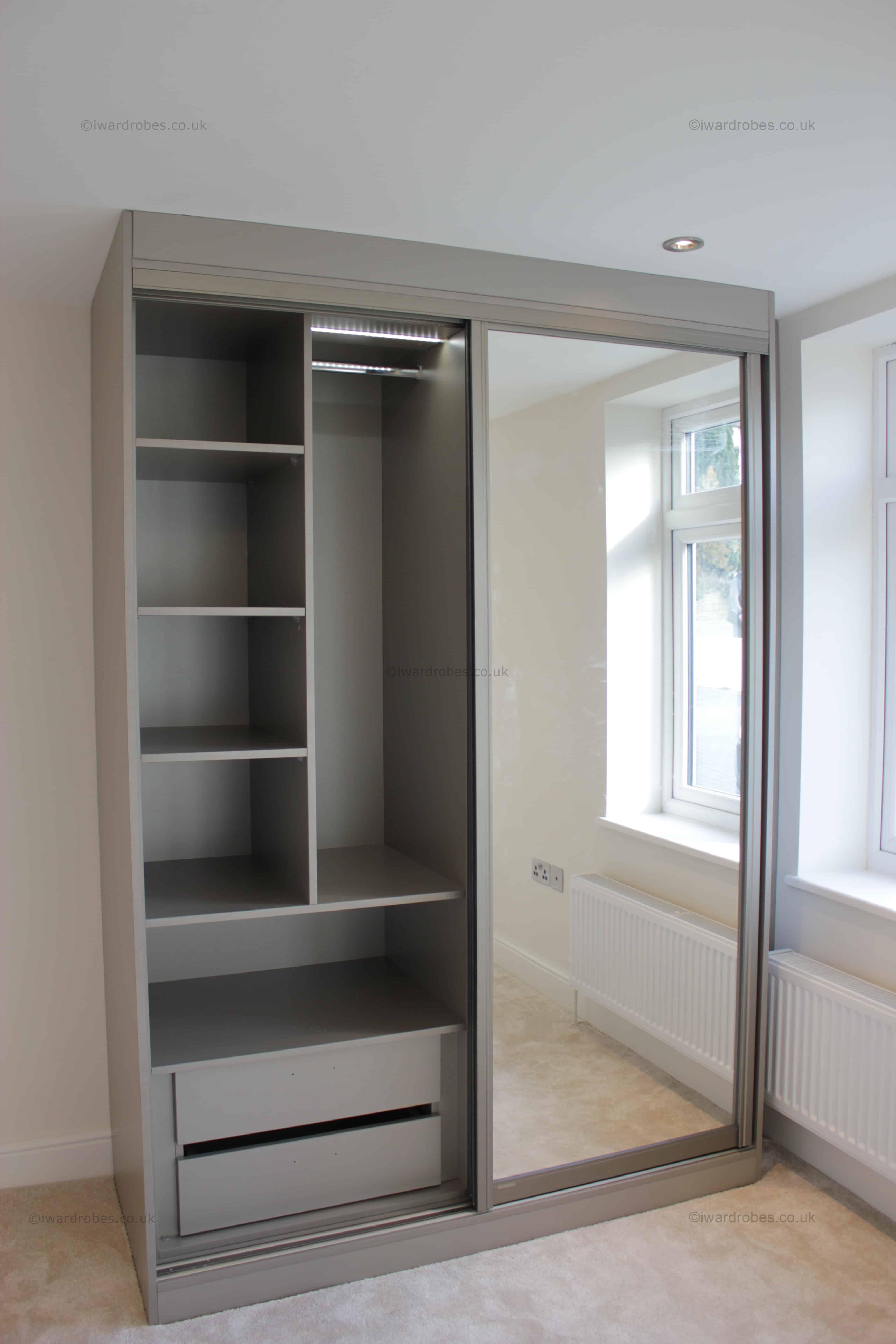 Fitted sliding mirror door wardrobe Putney | i-Wardrobes ...