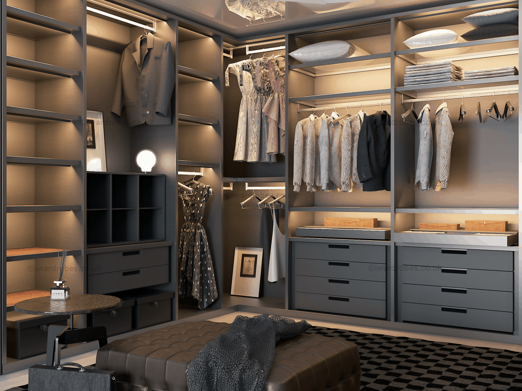 Fitted dressing room in London